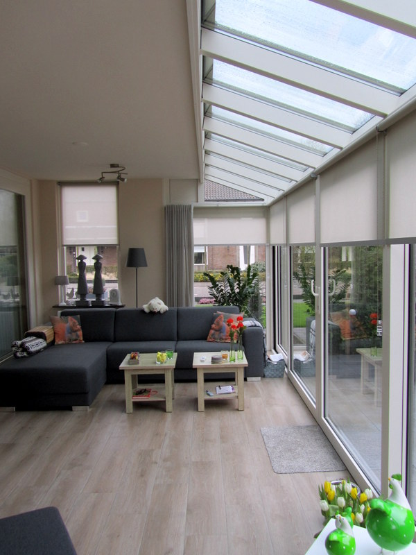 Veranda met glazen dak h van den bergh essen for Glazen uitbouw